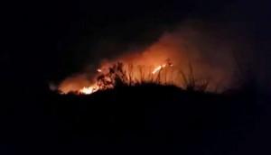 Incêndio de grandes proporções atinge interior de Matelândia -