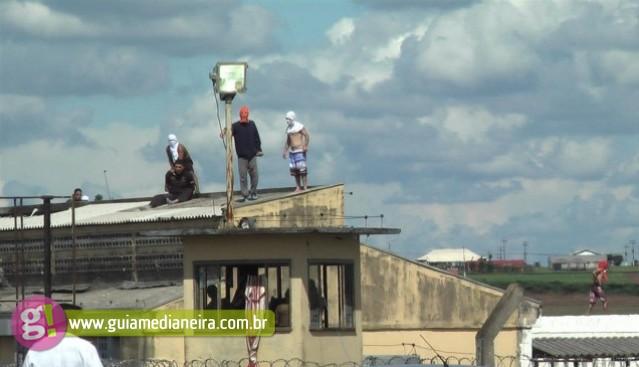 Presos fazem rebelião em penitenciária em Cascavel