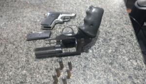 Após denúncias, Polícia Militar aprende duas armas em salão de bailes em Itaipulândia -
