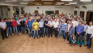 Deputado Sperafico fez a entrega da Escavadeira Hidráulica em Missal -