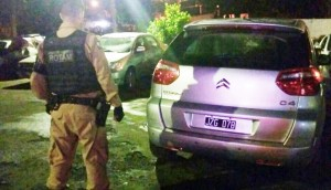 Medianeira: Veículo roubado há quase 4 meses em Foz do Iguaçu é recuperado pela PM -
