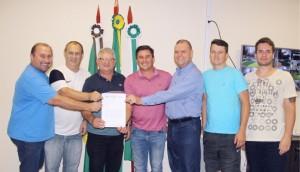 Serranópolis aderiu ao programa Futsal Lindeiro -