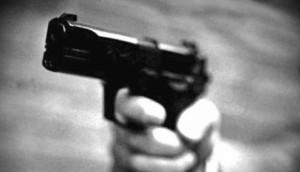 Medianeira: Bandidos armados rendem família e roubam pertences e veículo; carro foi abandonado -