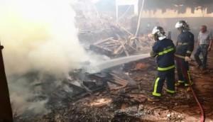 Medianeira: Ação rápida dos bombeiros evita incêndio de grandes proporções -