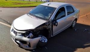 SMI: Veículo capota após colisão ser registrada da BR-277 -