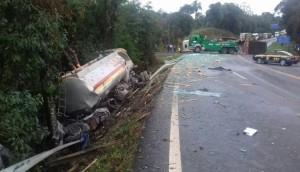Irati: Carreta de Medianeira se envolve em acidente com morte na rodovia BR 277 -