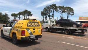 Medianeira: ROTAM apreende veículo carregado de contrabando -