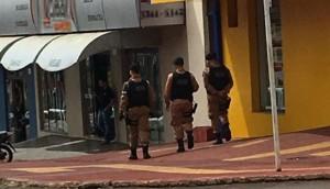 Medianeira: Polícia Militar faz rondas a pé por falta de viaturas -