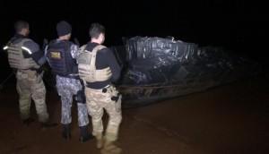 Itaipulândia: Após confronto, Polícia apreende embarcação e caminhão carregados de cigarros -