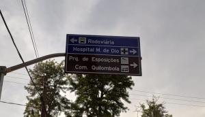 Placa com erro ortográfico chama a atenção de motoristas em São Miguel do Iguaçu -