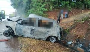 São Miguel: Duas pessoas morrem carbonizadas em grave acidente na BR 277 -