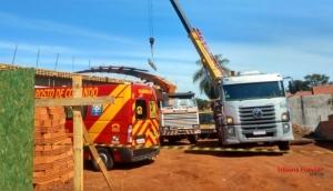 Desabamento de laje atinge cinco pessoas em Foz do Iguaçu e deixa dois mortos -