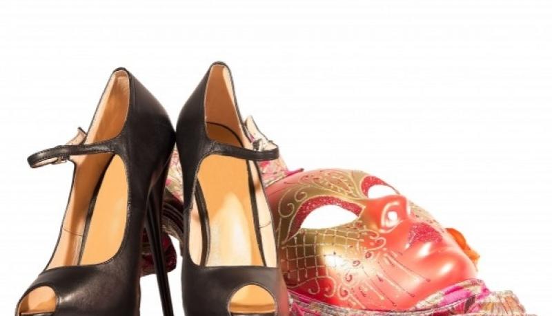 1e822b6aa61 Saiba qual o melhor sapato para usar no carnaval - Guia Medianeira